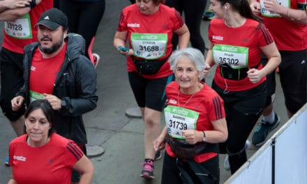 Los mayores de 70 años se toman el Maratón de Santiago