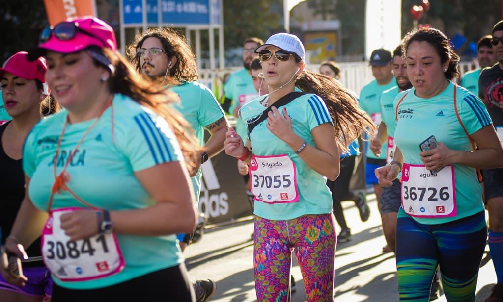En dos horas se agotó venta benéfica de cupos 21K para el Entel Maratón de Santiago