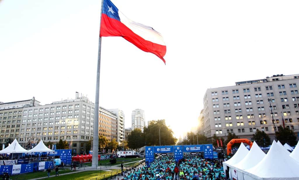 Entel Maratón de Santiago abre venta benéfica de cupos para correr 21K