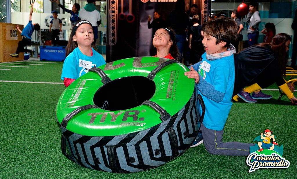 Niños entrenaron como verdaderos espartanos en primer entrenamiento Spartan