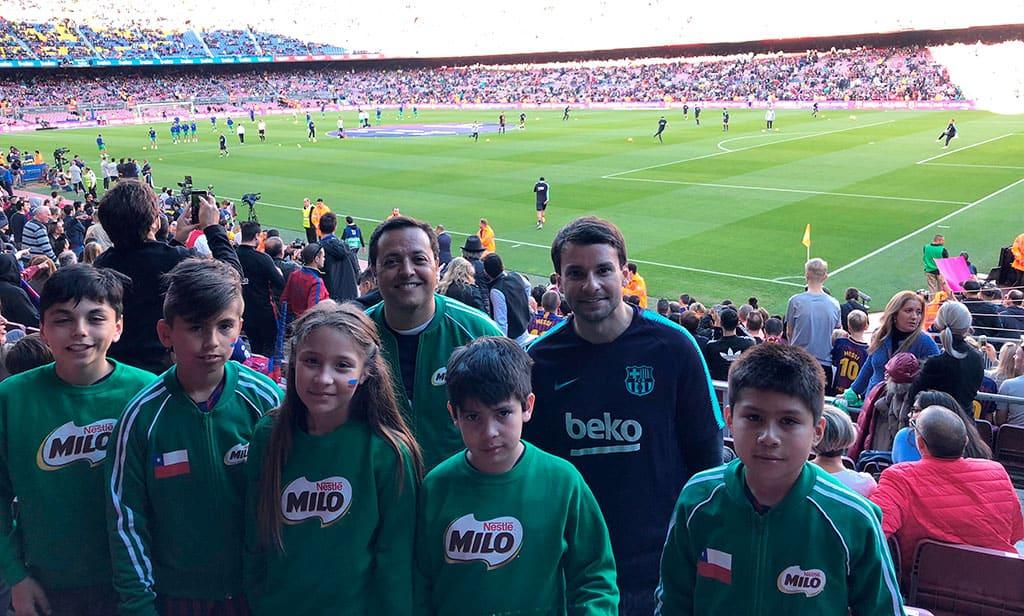 Niños chilenos entrenaron en la Academia del FC Barcelona gracias a MILO