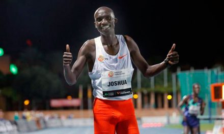 Cheptegei bate el récord de Bekele en los 10.000 metros planos