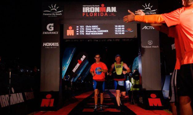 Chris Nikic, primer triatleta con síndrome de Down que completa un Ironman